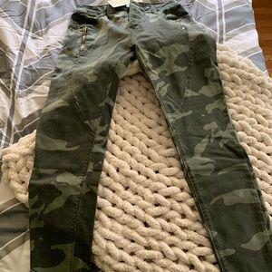 VICI Elan camo  jeans